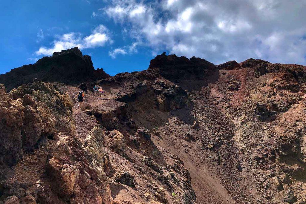 La subida al volcan Teneguia forma parte de las rutas imprescindibles en La Palma