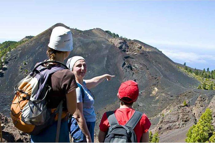 Ruta de los Volcanes en La Palma senderismo Volcan Duraznero